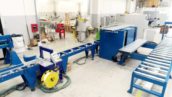 automatic packaging system for drywall profiles